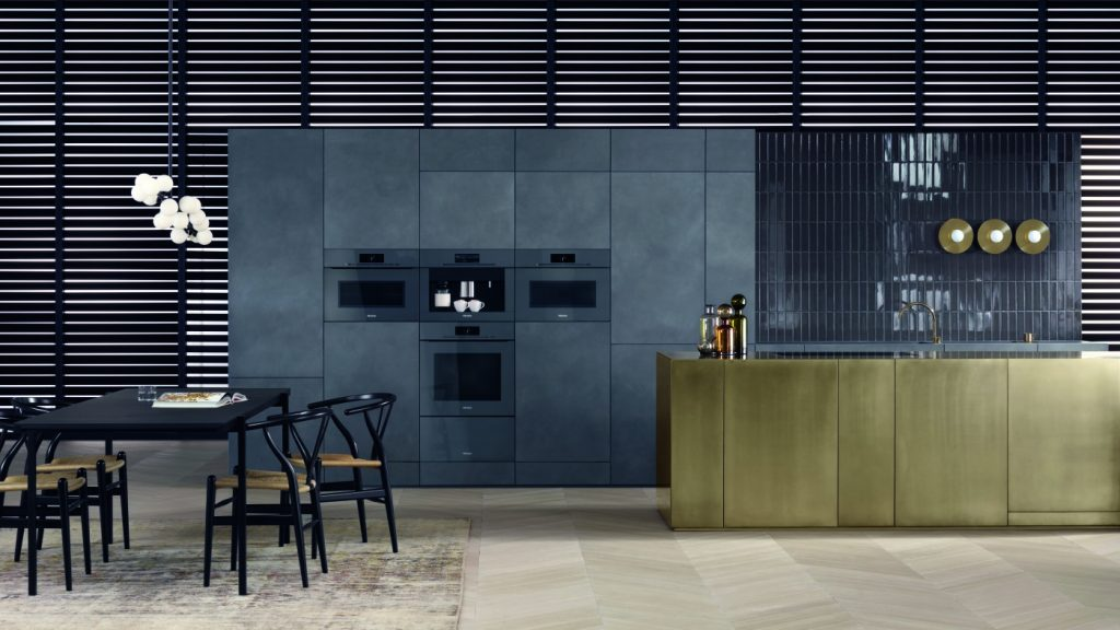 never burn yourself again with insulated doors and automatic safety switches the miele oven. Black Bedroom Furniture Sets. Home Design Ideas