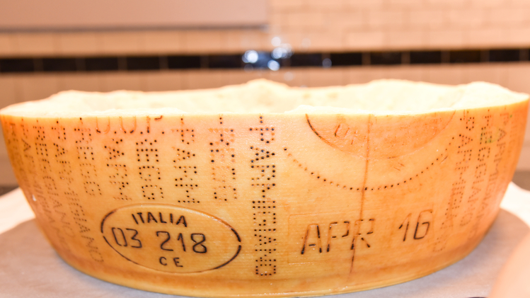Parmigiano Reggiano Consortium joins FICO Eataly World in Dubai on a business mission organised by the Emilia-Romagna Region